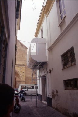 1_Santiago Cirugeda_Scaffolding 1998_Seville